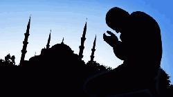 আল্লাহর  ইবাদতই হচ্ছে বিপদমুক্তির মূল হাতিয়ার