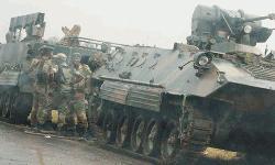 জিম্বাবুয়ের নিয়ন্ত্রণ নিয়েছে সেনাবাহিনী